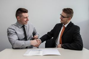 6 Guidelines for Selecting an External Consultant for HR Training