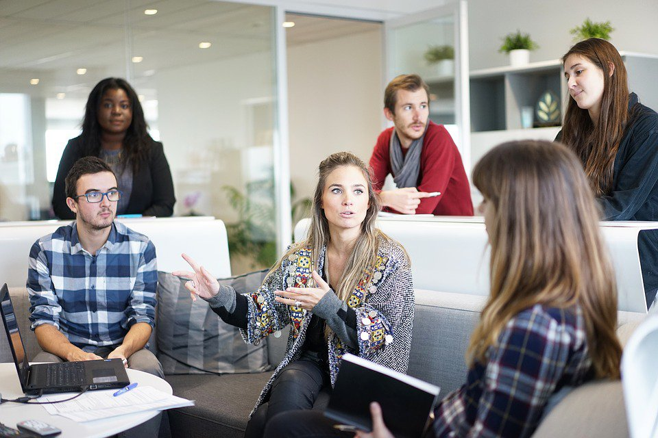 Six Tips to Manage Emotions of Others at Workplace